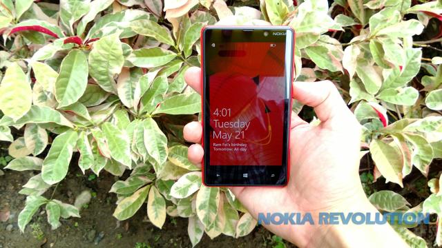 Nokia Lumia 820 - Banner 03